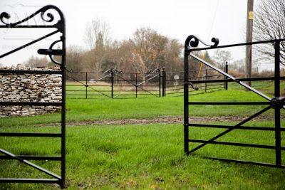 ornate-church-ironwork-gates-cotswolds-donkeywell-forge