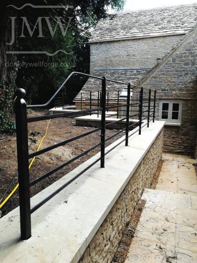 farm-railing-bespoke-iron-blacksmith-donkeywell-forge