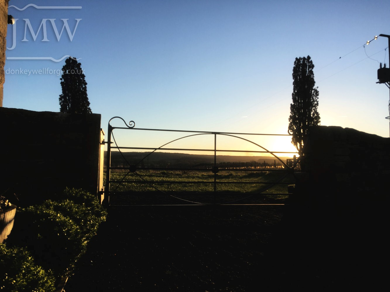 -healey-barn-wedding-venue-gate-ornate-donkeywell-forge