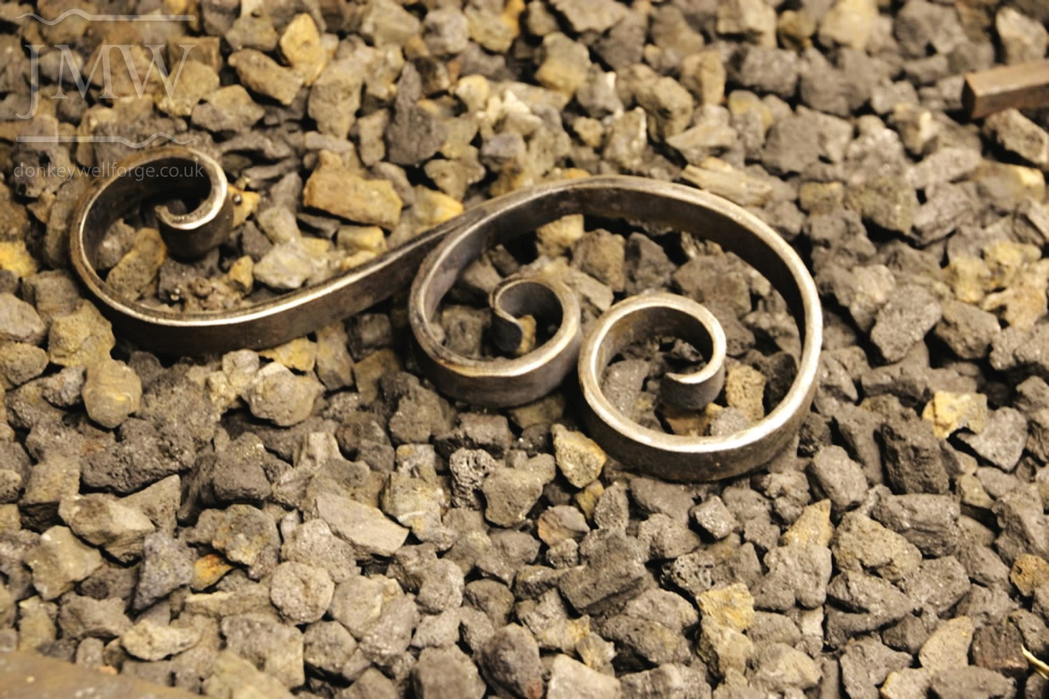 making-scrolls-blacksmith-gloucestershire