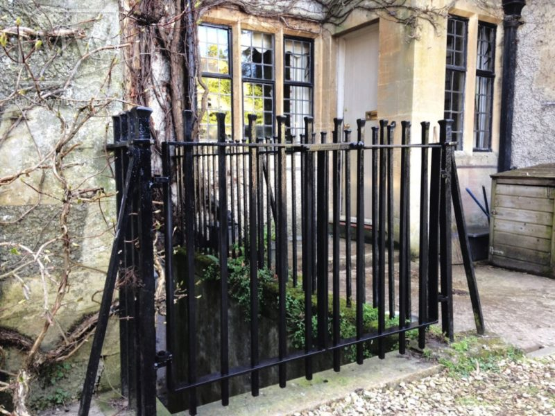 Blacksmith-railing-gloucestershire-ironwork