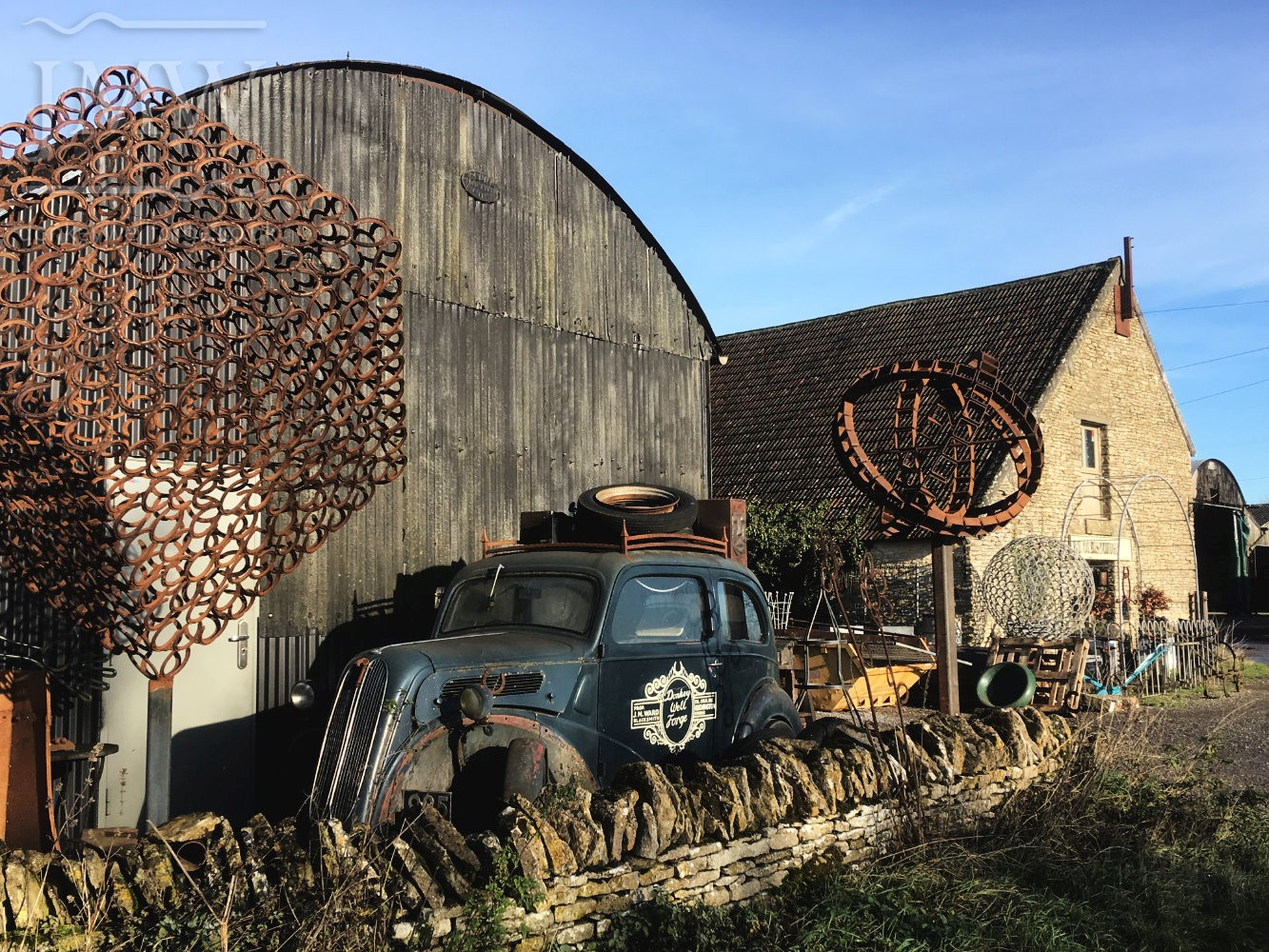 vintage-car-iron-artwork-donkeywell-forge-blacksmith-gloucestershire