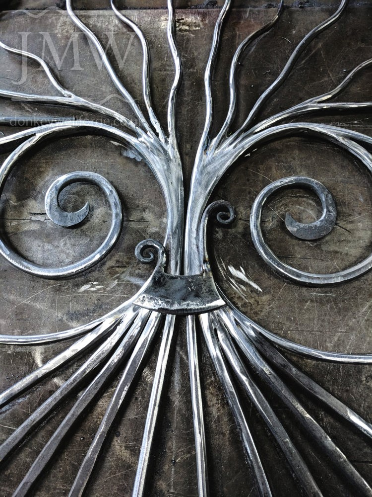 making-bespoke-onion-gate-ornate-blacksmith-garden