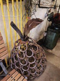 horseshoe-blacksmith-art-forge-donkeywell-gloucestershire-pear