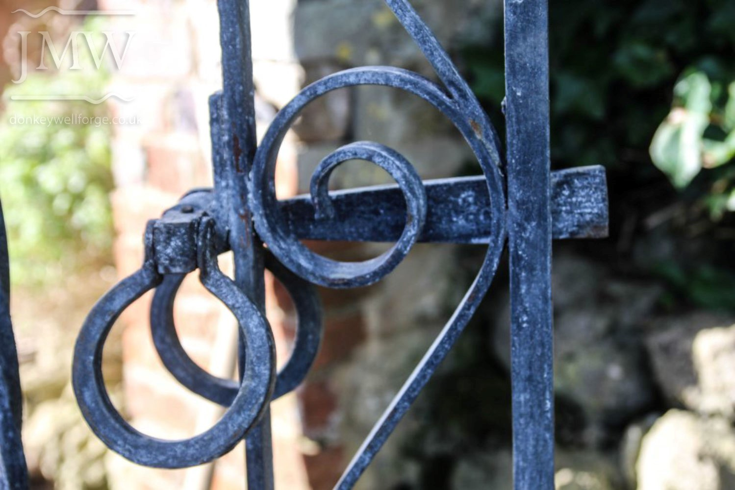 bespokes-arch-gate-garden-iron-ornamental-decorative-blacksmith-latch-donkeywell-forge