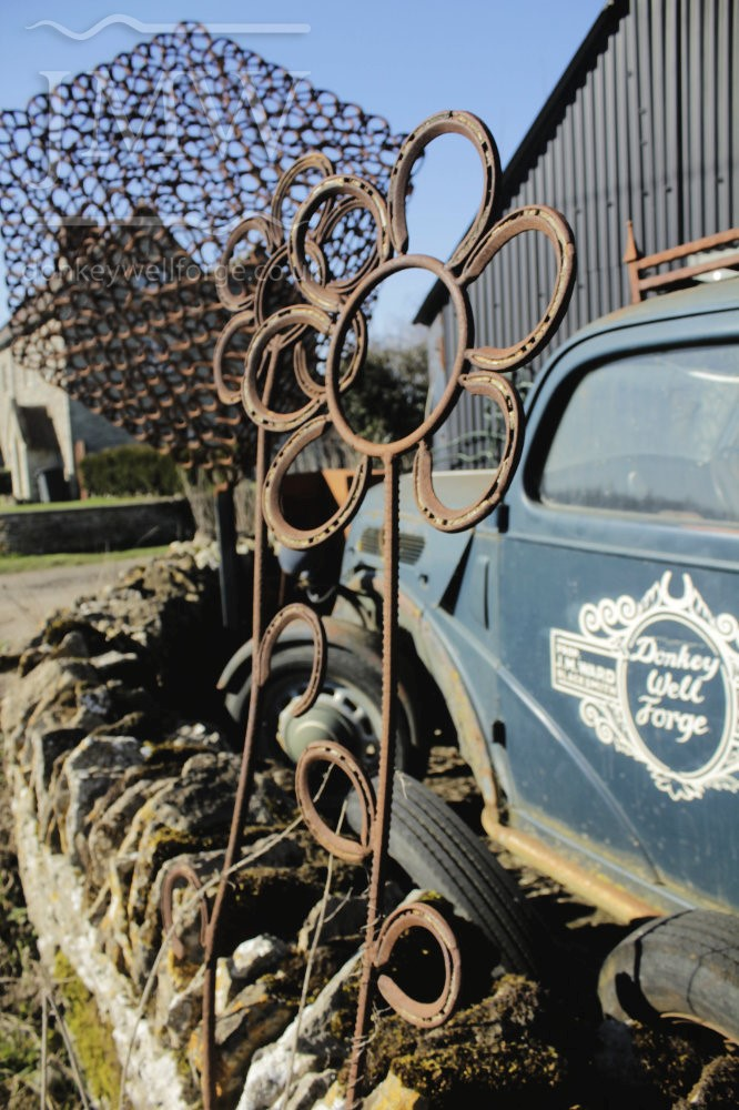 blacksmith-gloucestershire-iron-flowers-artwork-vintage-car