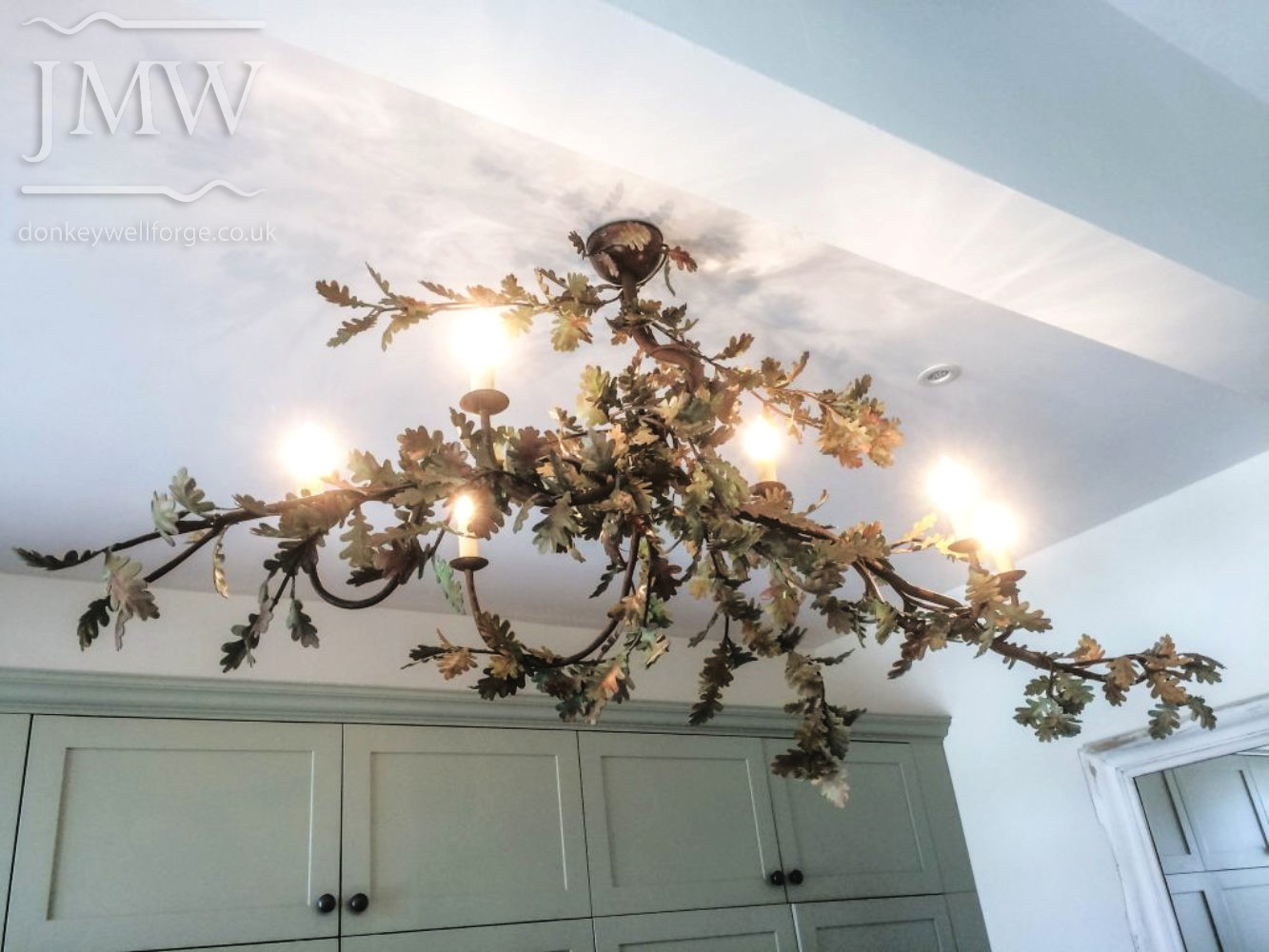 oak-leaf-bespoke-light-chandelier-donkeywell-forge