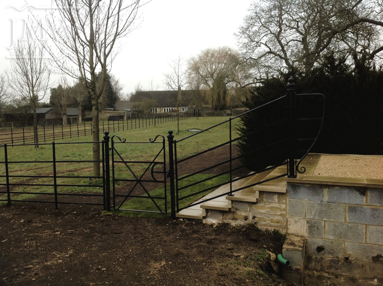fencing-ironwork-park-gate-cotswold