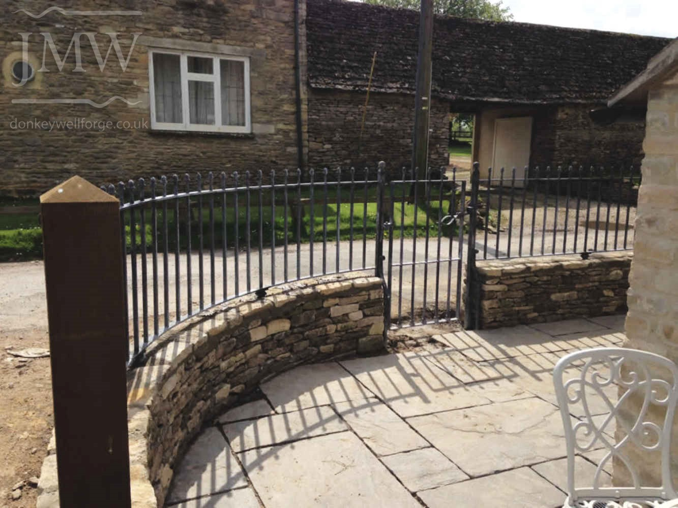 ornamental-ironwork-acorn-railings-zinc-lead-finish-railings-cotswolds
