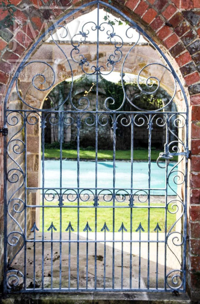 bespoke-arch-gate-garden-iron-ornamental-decorative-blacksmith