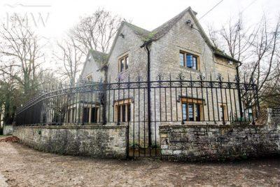 ironwork-ornate-cotswold-railing-country-estate-donkeywell-forge