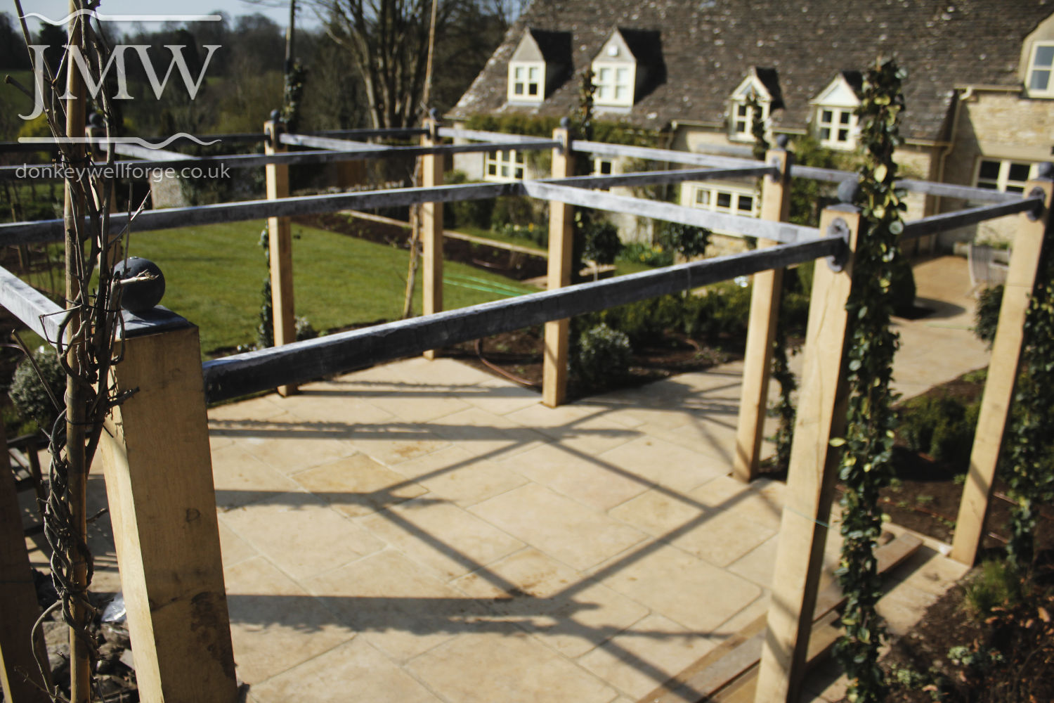 country-cottage-steel-pergola-zinc-lead-finish-metalwork-cotswolds