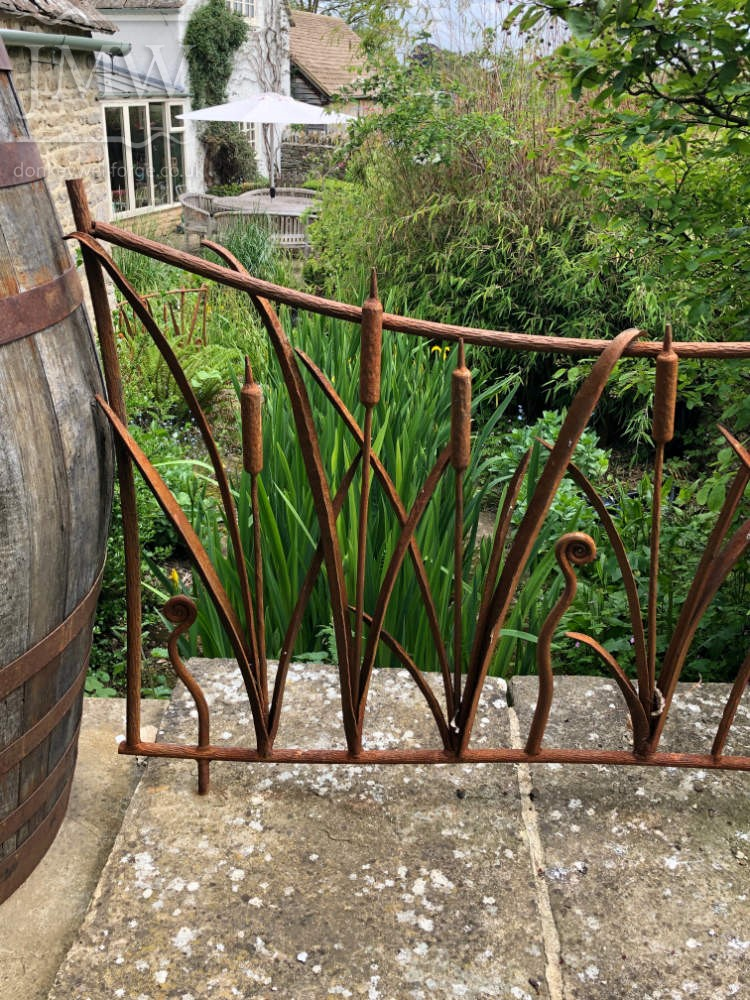 ironwork-forged-decorative-reed-garden-railings