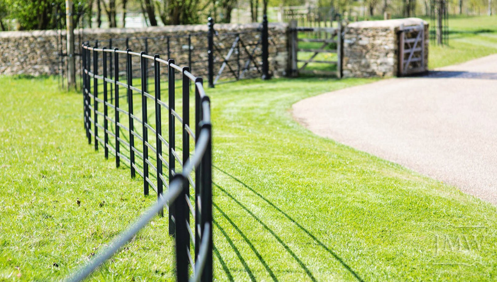 country-house-estate-ironwork-fencing-railings-donkeywell-forge