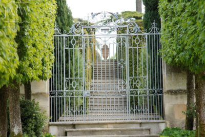 gate-metalwork-restoration-cotswolds-ornate-scrolls