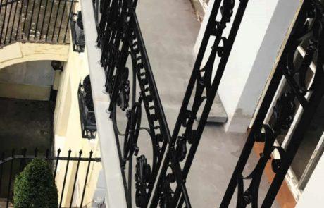 balcony-railings-iron-forge-blacksmith-cheltenham-restoration-donkeywell-forge-lead-castings