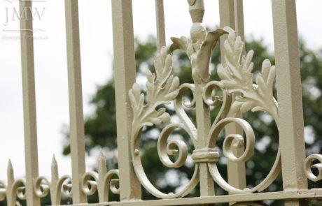 screen-metalwork-ornate-restoration-leaves