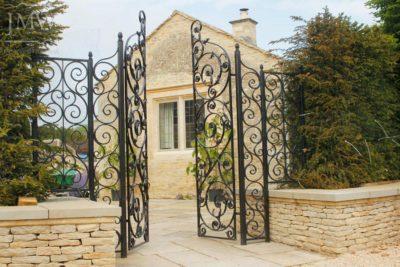 estate-metalwork-ornate-panels