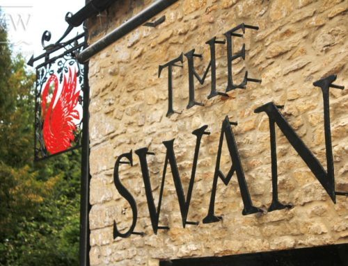 The Swan Inn, Hanging pub Sign and Sign Lettering.