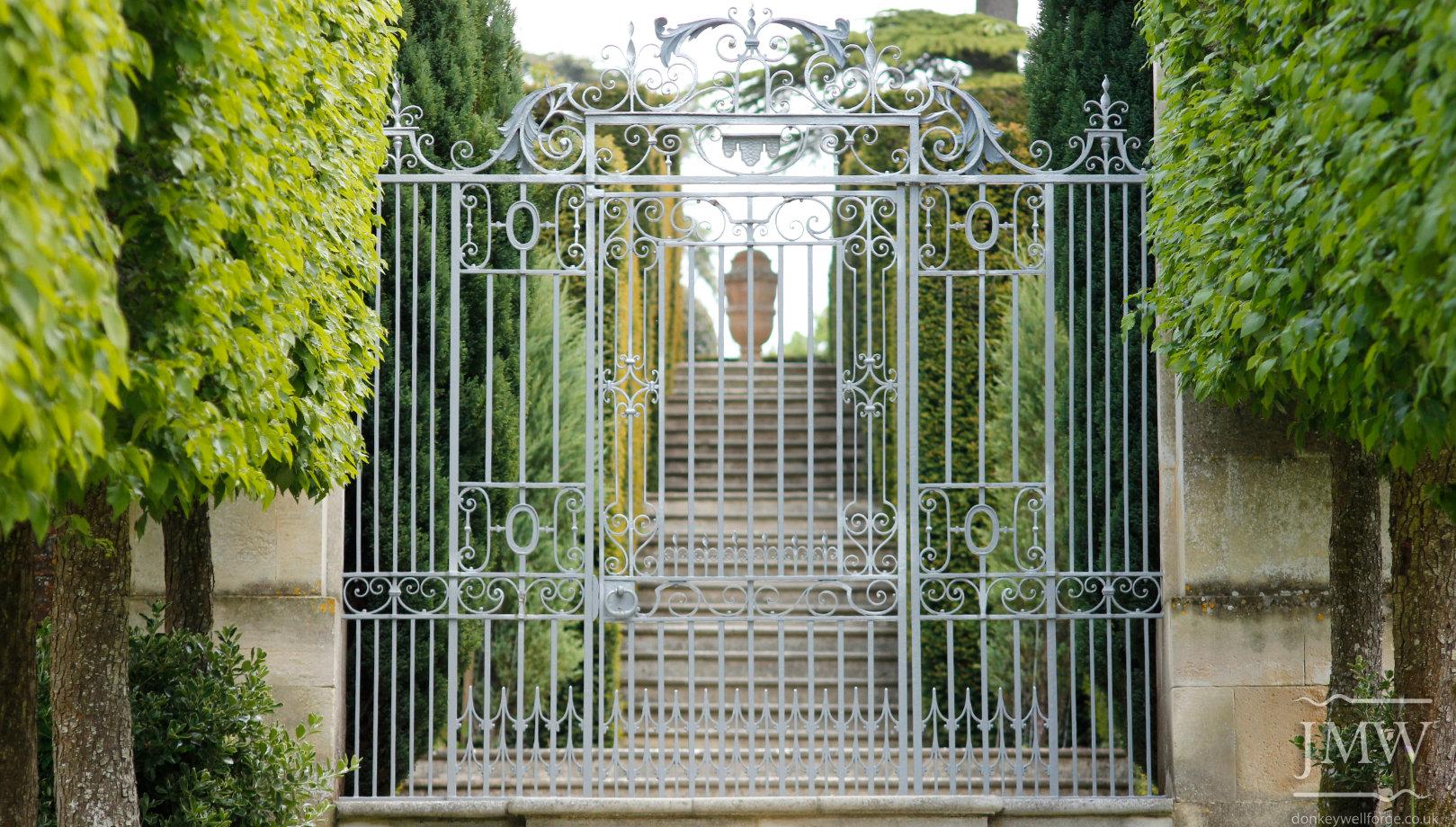 buscott-park-gate-restoration-metalwork