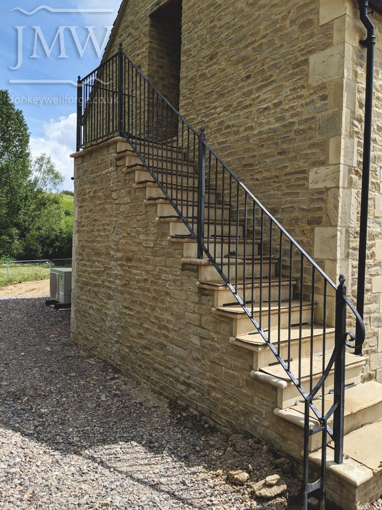 ornate-ironwork-tallet-stair-ballustrade-boot-scraper