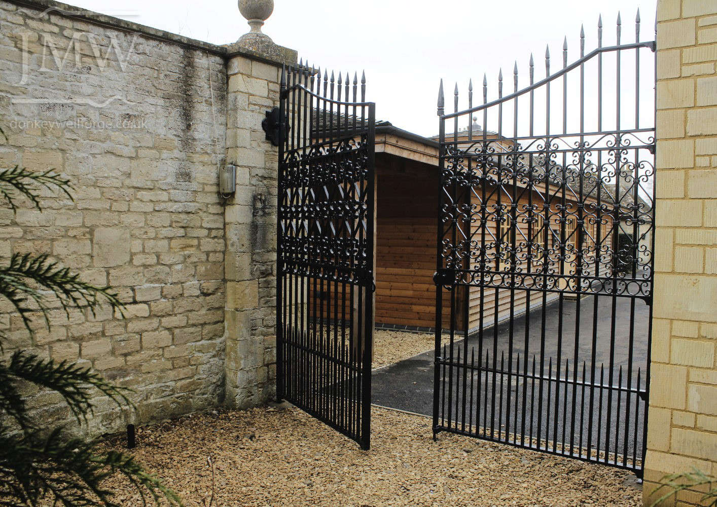 traditional-scrollwork-estate-gates