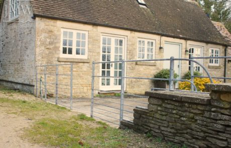 ironwork-fencing-panels-cotswolds
