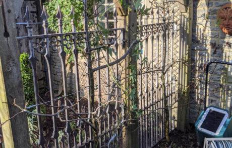 gothic-garden-railings-traditional-ironwork-quatrefoils