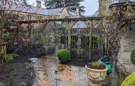 gothic-garden-railings-gate-traditional-ironwork-quatrefoils