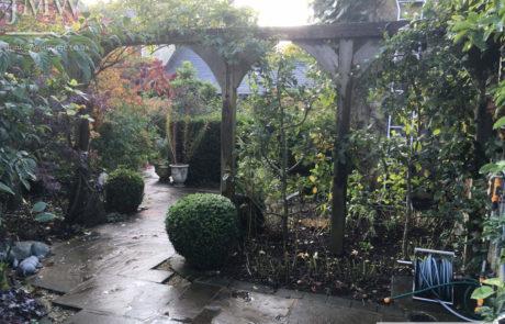 gothic-garden-gates-railings-before-image
