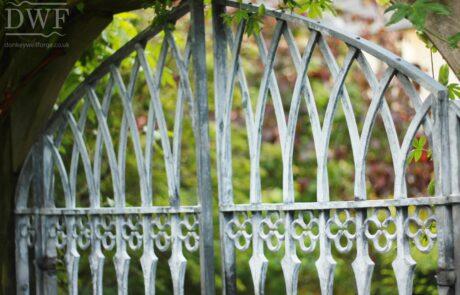 gothic-garden-railings-gates-traditional-ironwork-detail-rivited-lattice-bars-quatrefoils