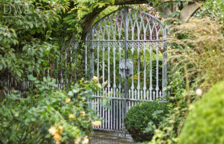 gothic-garden-railings-gates-traditional-ironwork-forged-quatrefoils-lattice-finials