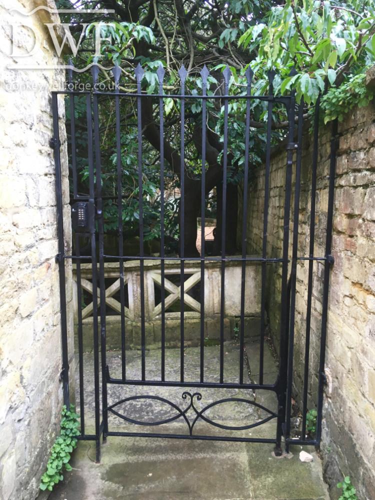 ornate-ironwork-gate-restoration