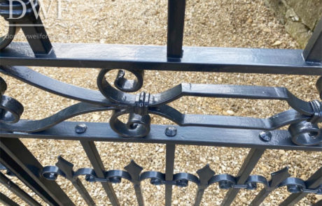 ornate-traditional-ironwork-forged-gates-donkeywell-forge-scrollwork-detail