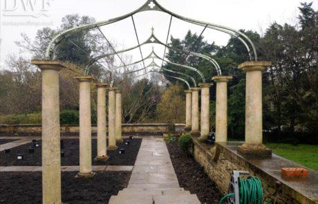 digital-render-gothic-garden-arches