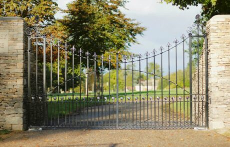 traditional-ornate-decorative-finials-forged-ironwork-gates-donkeywell-forge