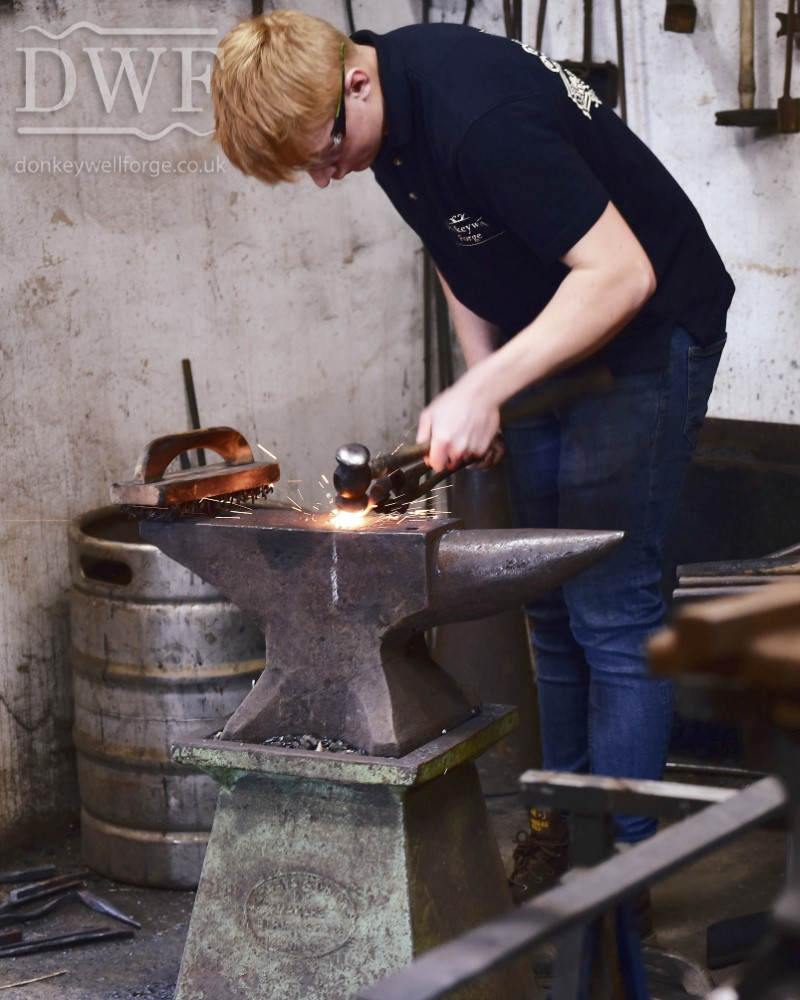 traditional-blacksmiths-forging-donkeywell-forge-architectural-ironwork