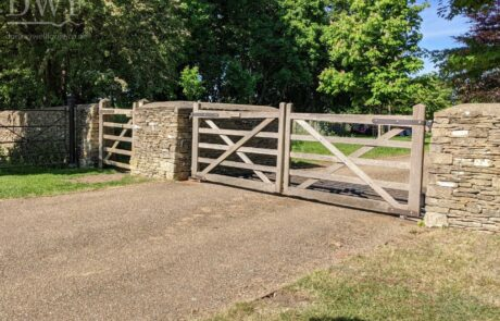 before-image-traditional-gate-stonework